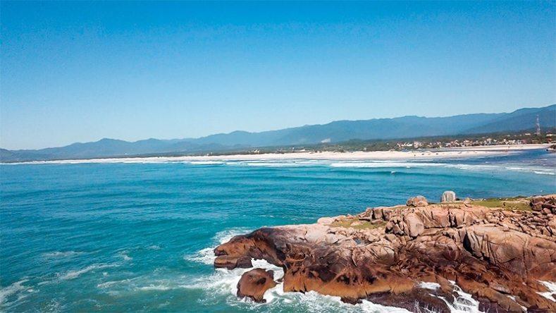 Praia Guarda do Embaú – Trilha da prainha