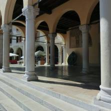 loggia-del-palazzo-comunale