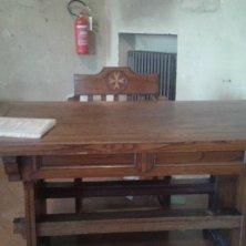 scrivania nella sala