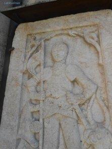 lastra cavaliere medievale