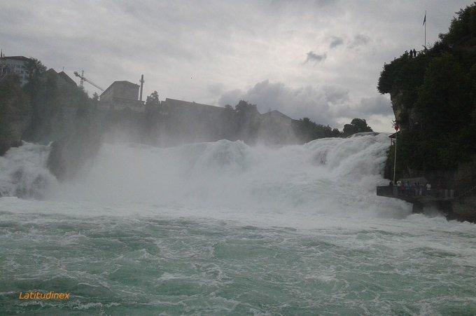 Schaffhausen e il fragore delle cascate del Reno   Latitudinex®