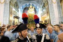 Madonna in chiesa prima della processione