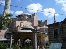 Santa Sophia dal cortile
