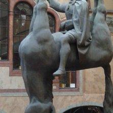 statua San Venceslao con cavallo agonizzante