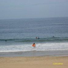 surfisti in spiaggia