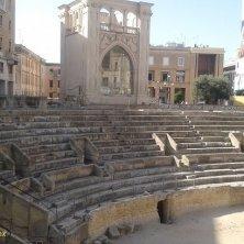anfiteatro in piazza Sant'Oronzo