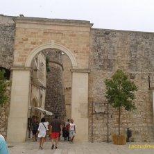 mura e porta