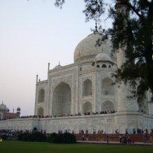 Taj Mahal visto di lato