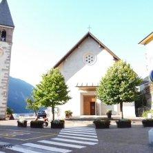 campanile e chiesa