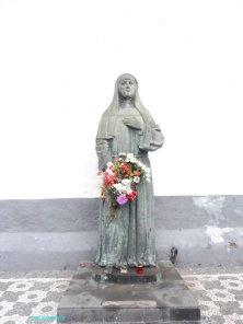 statua davanti alla cappella