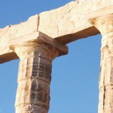 particolare colonne e capitelli
