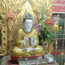 statua al tempio del Buddha sdraiato