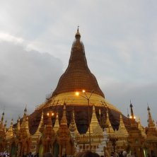stupa Shwedagon