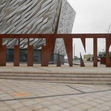 scritta Titanic Belfast