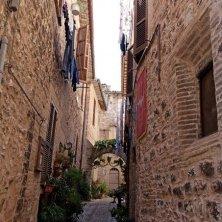 spello-centro-storico-strada