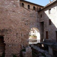 spello-centro-storico-vicolo