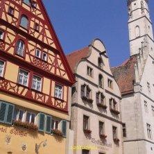 diversi palazzi a Rothenburg