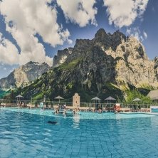 Alpentherme_Sommer_Panorama-me terme