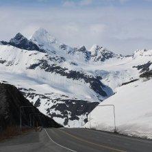 strada verso il ghiacciaio