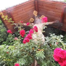 crocifisso nel giardino Abbazia di Novacella