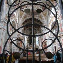 entrata chiesa Abbazia di Novacella