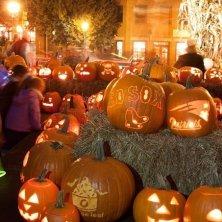 Pumpkin walk Newburyport Massachusetts- credit Jeff Folger