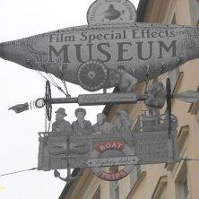 insegna museo effetti speciali