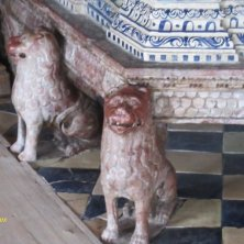 particolare della stufa del vescovo Castel Velturno Bressanone