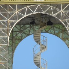 scala a chiocciola art nouveau palazzo fiera Praga