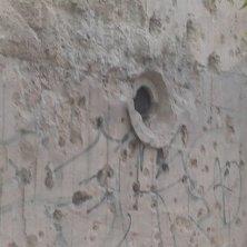 buchi dal bombardamento edificio museo cultura