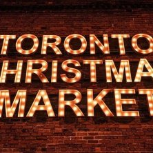 toronto-christmas-market-sign-in-lights-photo-copyright-arienne-parzei