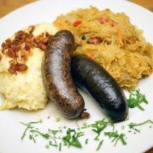 porzioni salsiccia crauti e patate
