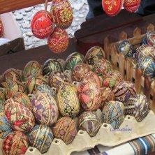 bancarella di uova in Bucovina