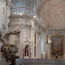 interno Santi Pietro e Paolo