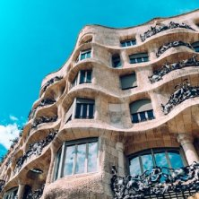 balcone palazzo modernista