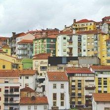 Coimbra palazzi salita