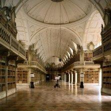 Mafra Palácio Nacional de Mafra-Biblioteca_Credit ©VisitLisboa