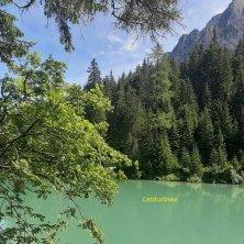 colori del lago di Braies