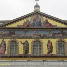 mosaico dorato facciata San Paolo