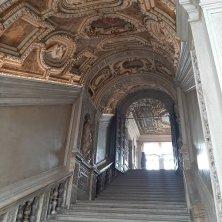 accesso scala palazzo Ducale