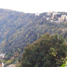 borgo di Castel Gandolfo e lago