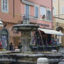 fontana Castel Gandolfo