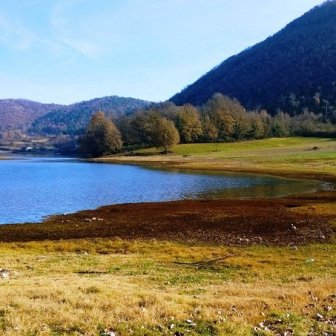 inverno al lago di Canterno
