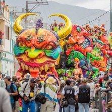 Carro Carnevale dei bianchi e dei neri Foto Andrés Ceballos
