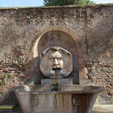fontana mascherone Aventino