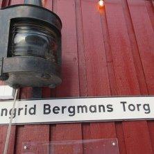 insegna piazza dedicata a Ingrid Bergman