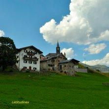 Laste_borgo e chiesa_phVGaluppo borghi delle Dolomiti