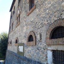castello di Roccagiovine fiancata