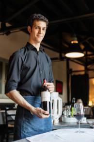 Matteo Mazzoni, uno dei titolari del locale La Trattoria, ristorante romagnolo a Ravenna