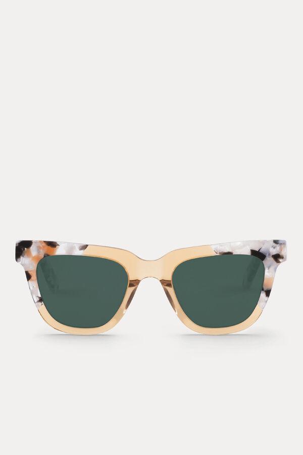 Bolsos gafas pañuelos y carteras. Gafas de sol Mr. Boho